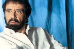 Έφυγε από τη ζωή ο καταξιωμένος τραγουδιστής Αντώνης Καλογιάννης