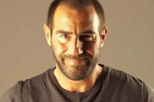 Στο Δημ. Βρεφοκομείο «Άγιος Στυλιανός» δώρισε τα έσοδα από τις πωλήσεις του βιβλίου του ο Αντώνης Κανάκης