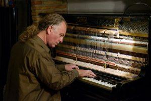 Το σύνολο Κωνσταντίνος Ασημάκης quintet παρουσιάζει το έργο «Διάφανος ήχος» // Σάββατο 12.1 @ΙΑΝΟΣ