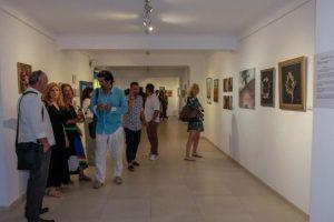 Δεύτερη εικαστική έκθεση για την Aqua Gallery και τη Restart στη Σαντορίνη