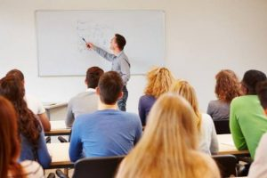 Υπουργείο Παιδείας: Συμπληρωματική πρόσκληση για απόσπαση στο εξωτερικό