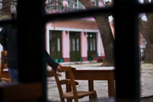 Η estiasigreece στέλνει το δικό της μήνυμα: «Μας λείπουν οι άνθρωποι...» (Video)