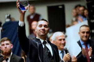 Αφιέρωμα στον Μαέστρο της Συμφωνικής Ορχήστρας Νέων Ελλάδος Ευάγγελο Αραμπατζή