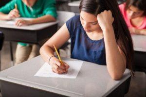 Σε ΦΕΚ η Απόφαση για την εξέταση του μαθήματος «Νεοελληνική Γλώσσα και Λογοτεχνία» Γ' Λυκείου
