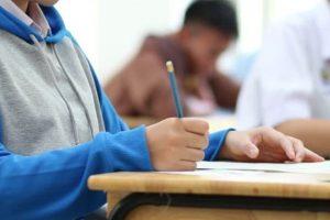 Γυμνάσιο: Τι αλλάζει φέτος στη διαδικασία αξιολόγησης των μαθητών