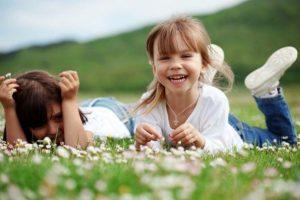 «Πόσο ξέγνοιαστα είναι τα παιδικά χρόνια των παιδιών μας;» της ψυχολόγου Μαρίνας Κρητικού