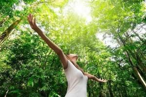 «Φύση και άνθρωπος» της Ανδριάνας Μανίκα