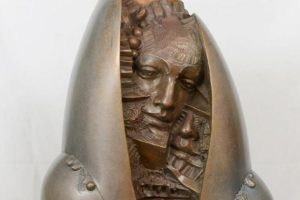Γλυπτικός λόγος - Το έργο του Κυριάκου Ρόκου «Με το χαμόγελο στο μάτι» στο ΕΑΜ