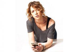 Ήρα Κατσούδα: «Για γυναίκα, καλή είναι» - Για 7 παραστάσεις στο  Θέατρο «Τζένη Καρέζη»