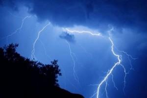 Μεταβολή του καιρού στη Β. Ελλάδα με βροχές καταιγίδες και χαλαζοπτώσεις