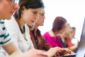 Υποχρεωτική σύγχρονη εξ αποστάσεως εκπαίδευση σε περίπτωση παρεμπόδισης του εκπαιδευτικού έργου