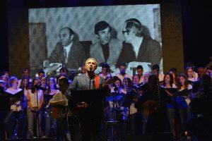 Μια βαθιά υπόκλιση στον Σταύρο Κουγιουμτζή - Περισσότεροι από 7000 θεατές στη ΒΡΑΔΙΑ ΤΙΜΗΣ για τον μεγάλο συνθέτη