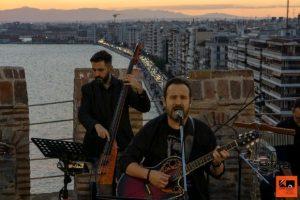 Η Θεσσαλονίκη μένει αισιόδοξη - Συναυλία με τον Κώστα Μακεδόνα στο Λευκό Πύργο