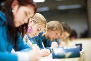 ΓΕΛ - ΦΕΚ: Ομάδες & κλάδοι μαθημάτων, τρόπος-χρόνος εξέτασης και βαθμολόγησης, υποχρεώσεις επιτηρητών και μαθητών