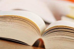 «Επίθετα και παραθετικά» Γραμματική της Νεοελληνικής Γλώσσας-Βασικοί Ορθογραφικοί Κανόνες