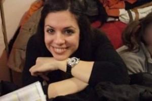 Η 28χρονη Ντένια πάσχει από μια σπάνια μορφή καρκίνου - πώς μπορείτε να βοηθήσετε