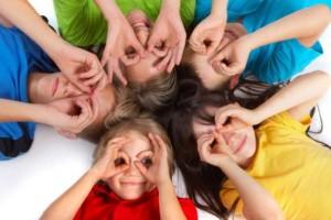 «Αυτοεκτίμηση: πώς θα βοηθήσουμε τα παιδιά μας να τη χτίσουν;» της ψυχολόγου Μαρίνας Κρητικού