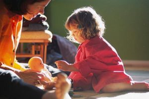 «Γονιός, μια ζωή γεμάτη αγωνίες...» του Ψυχολόγου Γιάννη Ξηντάρα