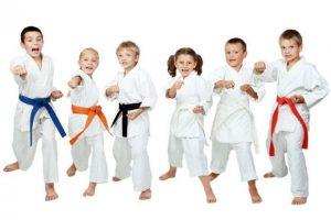 Οι πολεμικές τέχνες βοηθούν τα παιδιά;