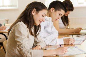 Αναλυτική απεικόνιση της κατανομής θέσεων εισακτέων από ΕΠΑ.Λ., στις Σχολές, Τμήματα και εισαγωγικές κατευθύνσεις