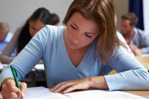 Εξετάσεις Γυμνασίων - Τι ισχύει για την αναβαθμολόγηση γραπτών και την επανεξέταση μαθητών με ειδικές εκπαιδευτικές ανάγκες