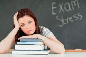 Πώς διαχειριζόμαστε το στρες των Πανελληνίων Εξετάσεων;