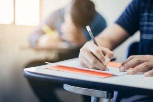 Πώς υπολογίζονται τα μόρια των Πανελληνίων για εισαγωγή στην Γ/θμια Εκπαίδευση