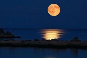 «Μια βόλτα στο Φεγγάρι ΙΙ» καλλιτεχνική βραδιά με ελεύθερη είσοδο στην Casa Bianca