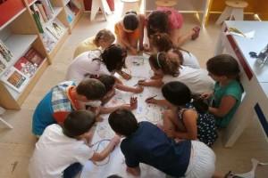 Δράσεις για παιδιά στην Περιφερειακή Βιβλιοθήκη Χαριλάου (Απρίλιος 2015)