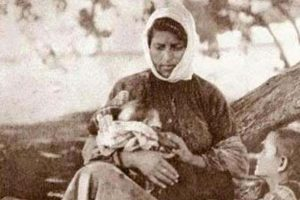 «Η Πόντια μάνα» της Γιώτας Ιωακειμίδου