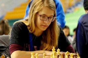Παγκόσμια Πρωταθλήτρια Νέων στο σκάκι η Σταυρούλα Τσολακίδου