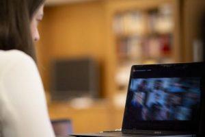 Νίκη Κεραμέως: «5 οριζόντιες στρατηγικές που απαντούν στις μεγάλες προκλήσεις της εκπαίδευσης»