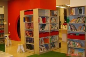 Δράσεις για ενήλικες στην Περιφερειακή Βιβλιοθήκη Χαριλάου, Απρίλιος 2015