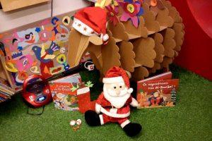 Δημιουργικός Χριστουγεννιάτικος Δεκέμβριος 2017 στη Βιβλιοθήκη Χαριλάου